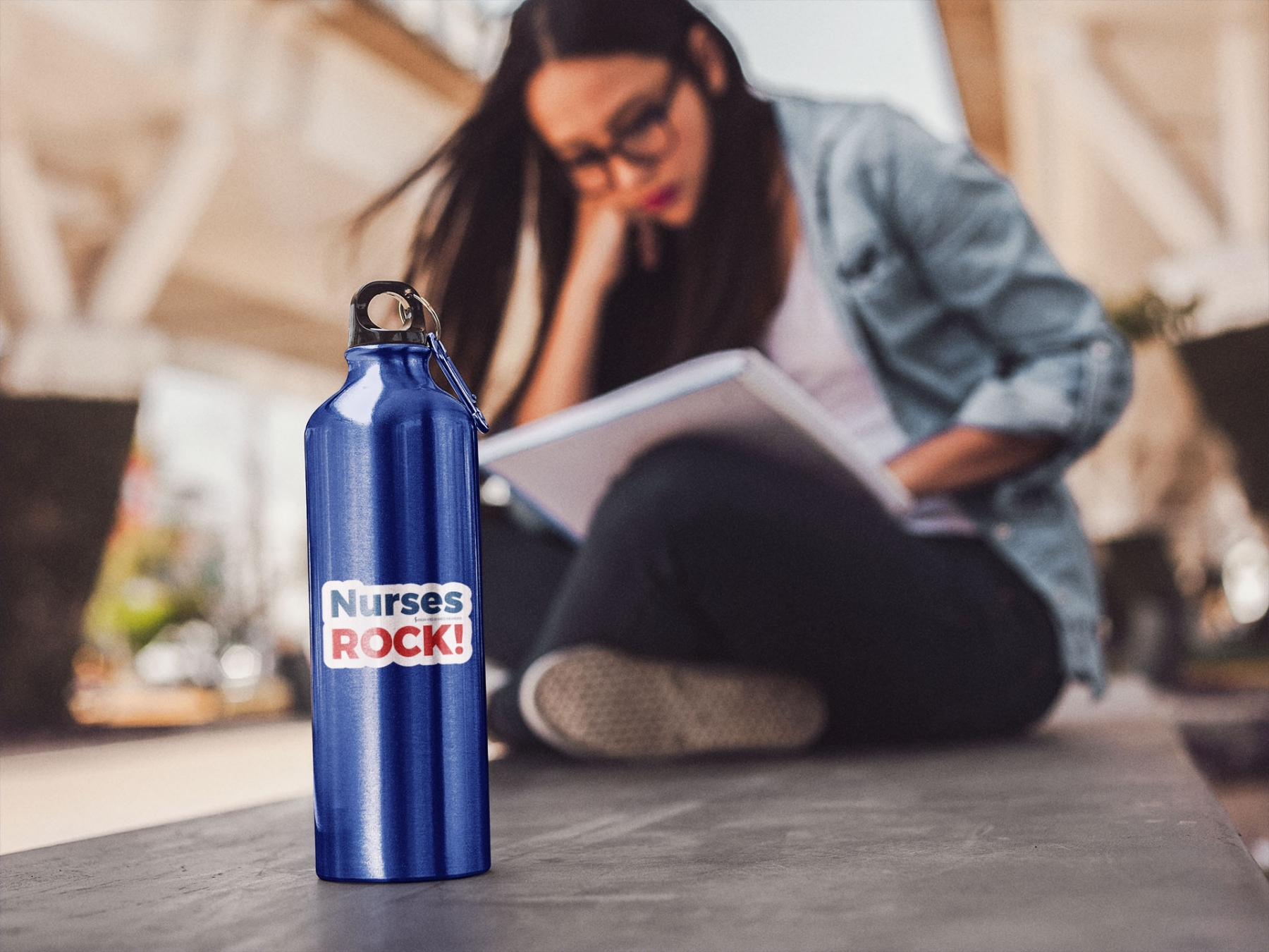 Nurses Rock red/blue text on waterbottle